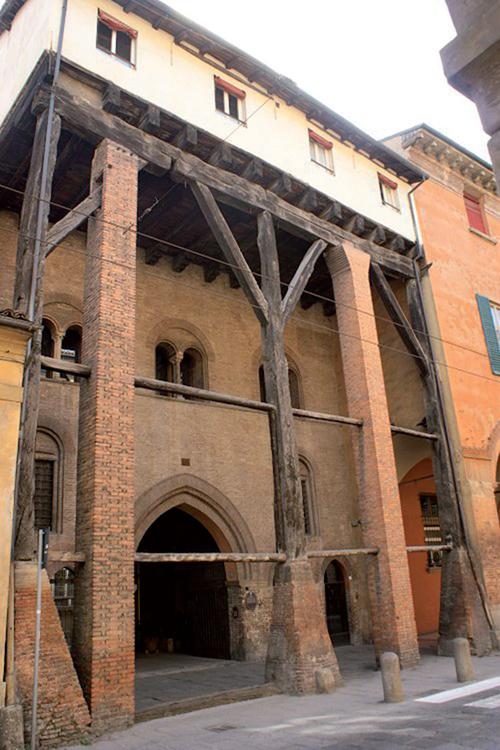 Bologna ravegnana guida turistica di bologna for Case di riposo bologna prezzi