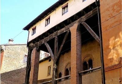 portico-isolani-balcone