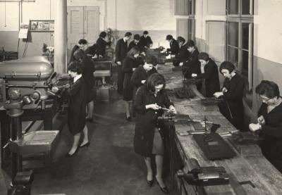 mostra-lavoro-donne-bologna-guida-turistica