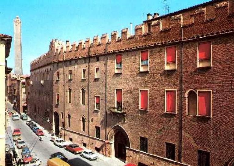 palazzo pepoli vecchio